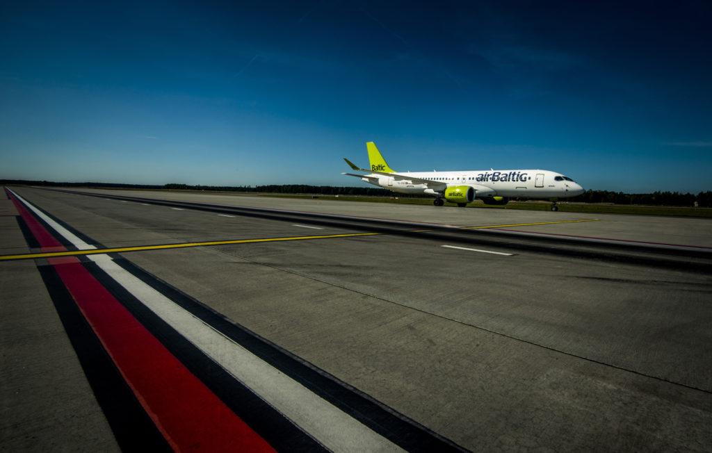 airBaltic Tallinn Salzburg